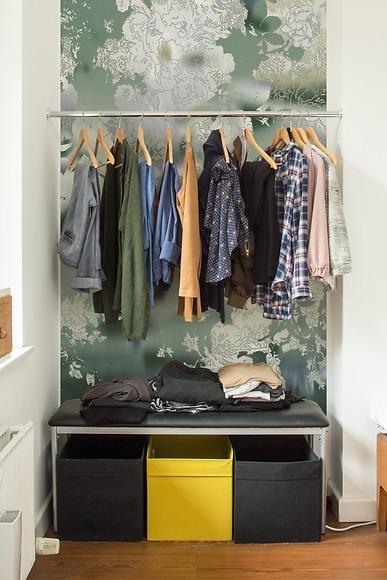Bildtapete Van Green 01 - Van Green in der Garderobe